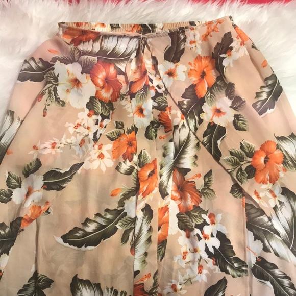 Windsor Dresses & Skirts - Colorful flowy skirt, never worn